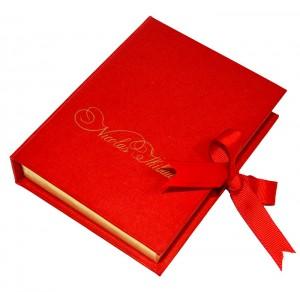 Коробка-книжка с лентами