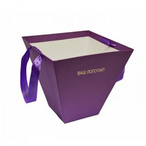 Коробка-конус для цветов.