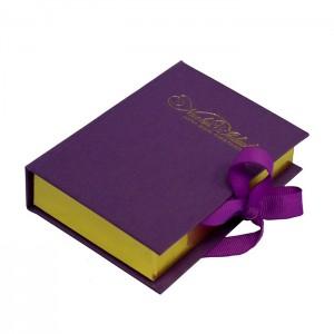 Коробка-книжка для конфет.